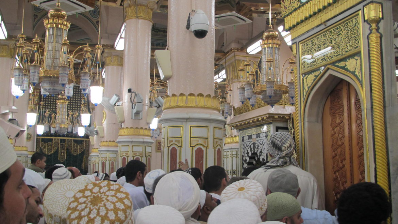 Shalat di Masjid Nabawi, Kenikmatan Tak Terhingga (3)